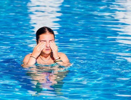 Mi az oka annak, hogy kipirosodik a szemünk úszás után?